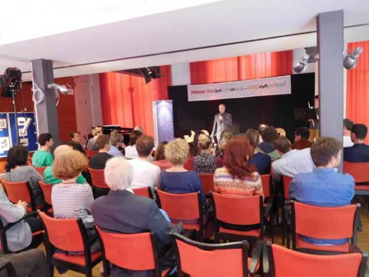 Eröffnung durch Stiftungsvorstand Ulrich Pradella