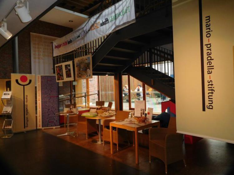 im Foyer Generationenhaus Heslach Stuttgart